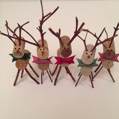 Wine cork reindeer by thelittlegreenbean on Etsy