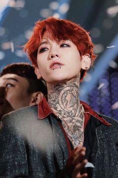 [HQ] 161009 BAEKHYUN Festival Cre on pic. Please don't cut or delete master's name exo Kai Exo, Chanyeol Baekhyun, Bts And Exo, Park Chanyeol, Chanbaek, Baekyeol, Jimin, Laura Lee, K Pop