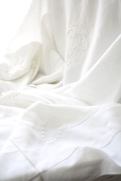Very Large. King size. Vintage French linen sheet  by Passesimple, €215.00