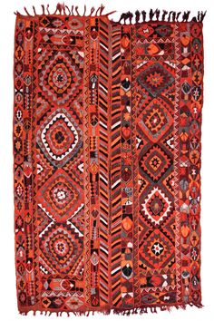 Unique selections of handmade Oriental rugs and flatweaves in Goreme Cappadocia area. Persian Carpet, Persian Rug, Floor Cloth, Japanese Textiles, Carpet Stairs, Magic Carpet, Modern Area Rugs, Grey Rugs, Tile Patterns