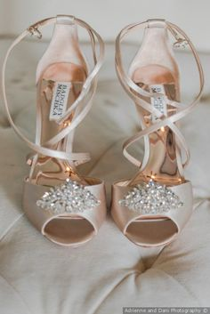 Blush heels for brid