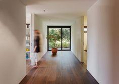 Finde moderner Flur, Diele & Treppenhaus Designs: Objekt 336. Entdecke die schönsten Bilder zur Inspiration für die Gestaltung deines Traumhauses.