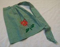 Vintage Gingham Apron Green and White Gingham by VintagePlusCrafts