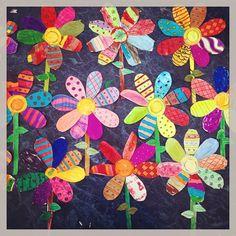 #MakeYourOwnFlower! #Flores de #Papel que hicieron mis alumnos de 1ero de #Primaria