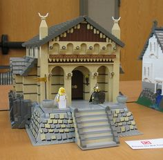 Golden Hall of Meduseld, Edoras, Middle Earth as displayed at Brickbash 2012 by DecoJim, Lego Building Blocks Toys, Lego Building, Cool Lego, Cool Toys, Golden Hall, Lego Boards, The Hobbit Movies, Lego Castle, Lego Architecture
