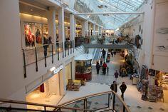 Inside_the_shopping_mall_CC_Mart'n.jpg (5184×3456)