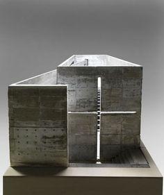 Tadao Ando (1941 - ) model 1987 - 1989 95.5 x 223 x 101.5 cm 200-300kg