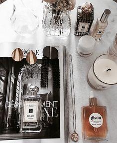 // x Dressing Table Essentials, Under Eye Makeup, Makeup Counter, Minimalist Makeup, Make Up Organiser, Cosmetics & Perfume, Highlighter Makeup, Kiss Makeup, Flawless Makeup