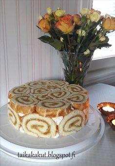 Tarun Taikakakut: Appelsiini-charlotta (24cm) Food N, Good Food, Food And Drink, Pie Recipes, Baking Recipes, Finland Food, Finnish Recipes, Cakes Plus, Sweet Pastries