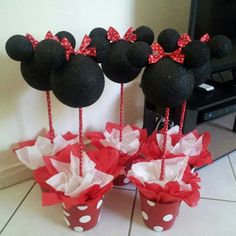 Diy Minnie Mouse centerpieces