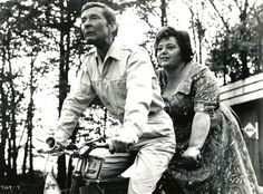Kenneth Williams and Hattie Jacques Top English Comedy pair Carry On Camping English Comedy, British Comedy, Sidney James, Kenneth Williams, Comedy Actors, Funny Movies, Great Pictures, Vintage Photographs, Movie Stars