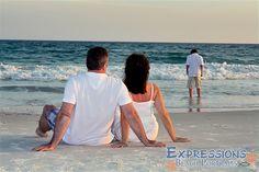 Family beach photos | Expressions Professional Beach Portraits