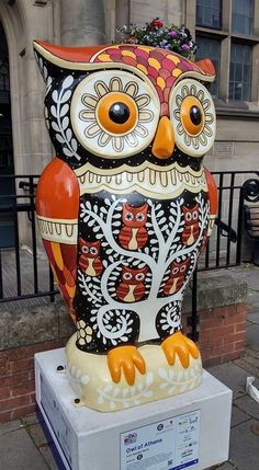 OWL OF ATHENS raised £8,200 pounds at auction on the 15th October 2015 for the Children's Hospital