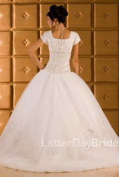 Francesca. Fitted bodice, dropped-waist ballgown