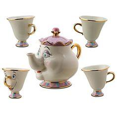 oh la maman théière et ses bébés tasses de la Belle et la bête !