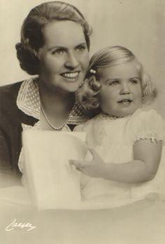 Sibylla of Saxe-Coburg-Gotha, Princess of Sweden and daughter Margaretha