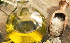 El aceite de oliva posee propiedades para la dermis y el pelo.