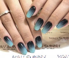 Ombre nail art designs look very attractive to women. They look complicated but they are actually easy to make. Blending different nail polish on fingernails is easy to achieve the desired gradient effect after proper treatment. In this article tod Stylish Nails, Trendy Nails, Fancy Nails, Cute Nails, Ombre Nail Designs, Nail Art Designs, Hair And Nails, My Nails, Nagellack Design