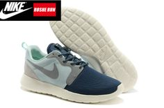 online store 22fee 69c2d Returning to it s original format this new edition of Nike s Rosherun  features mesh uppers, with