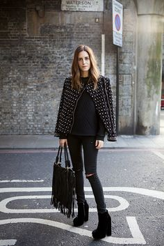 Look of the Day.216: Waterson St           The cold weather is finally here in  London . Wearing Top Shop *Jamie model, DYI jeans, Now...