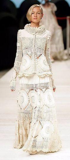 Desfile de roupas em crochê e tricô lindos modelos by Kenzo