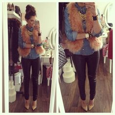 We heart blogger FashionHippieLoves in these Oasis skinny jeans.