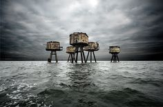 H.I.A.T. - Hey, I abandoned that!: The rusty Maunsell Forts