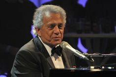 """Buddy Greco, American jazz and pop singer and pianist, His most successful single was """"The Lady Is a Tramp"""". 14.07.26 - 10.01.17 aged 90."""