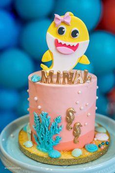 Girl 2nd Birthday, 2nd Birthday Parties, Birthday Ideas, Birthday Decorations, Baby Cakes, Baby Snacks, Fish Cake Pops, Bolo Drip Cake, Baby Hai