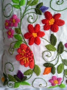 Marvelous Crewel Embroidery Long Short Soft Shading In Colors Ideas. Enchanting Crewel Embroidery Long Short Soft Shading In Colors Ideas. Mexican Embroidery, Types Of Embroidery, Learn Embroidery, Crewel Embroidery, Hand Embroidery Designs, Cross Stitch Embroidery, Embroidery Patterns, Needlepoint Stitches, Needlework