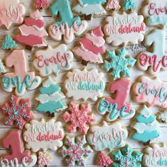 Snowflake Cookies, Winter Onederland, Birthday Cookies, My Girl, Snowflakes, Bakery, Colours, Desserts, Instagram