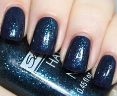 Sally Hansen Hard as Nails-Star Sapphire