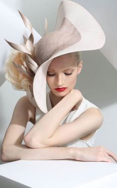 Hat Collection | Philip Treacy, London #DesignerHat #PhilipTreacy #http://www.philiptreacy.co.uk/collection