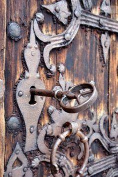 old door, lock and key