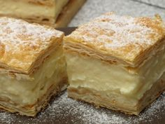 Békebeli házikrémes - ahogyan a nagymamáink is készítették! Hungarian Desserts, Hungarian Recipes, Gourmet Recipes, Cake Recipes, Dessert Recipes, Sweet Cookies, Sweet Treats, Delicious Desserts, Yummy Food