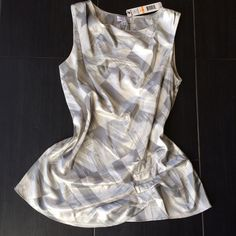 *SALE!* Joseph A. silver top! Sooo elegant and pretty!  Has a slightly metallic finish, so sleek and glamorous!  Runs large, overall, so it depends on how you want it to fit you.  It would look great on its own or with a belt!  NWT! Joseph A. Tops Blouses