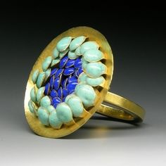 Jacqueline Ryan: Ring with overlapping lentil-shaped forms