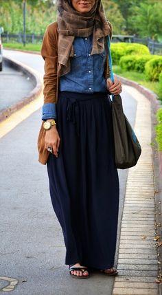 Street Hijab Fashion-super cute outfit for school! Islamic Fashion, Muslim Fashion, Modest Fashion, Dress Fashion, Fashion Outfits, Modest Wear, Modest Dresses, Maxi Dresses, Mode Outfits