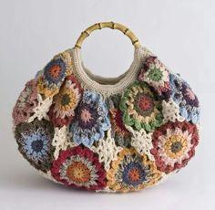 Transcendent Crochet a Solid Granny Square Ideas. Inconceivable Crochet a Solid Granny Square Ideas. Mode Crochet, Crochet Shell Stitch, Crochet Tote, Crochet Handbags, Crochet Purses, Crochet Crafts, Crochet Projects, Knit Crochet, Crochet Granny