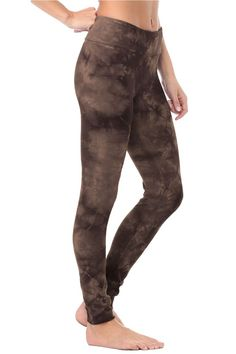 92% Organic Cotton 8% Spandex Made in Los Angeles, CA Machine Wash A for sure wardrobe staple! Raw edges allow for custom length adjustment. Basic Leggings, Cotton Leggings, Black Orchid, Chic Outfits, Wardrobe Staples, Indigo, Hot Pink, Organic Cotton, Teal