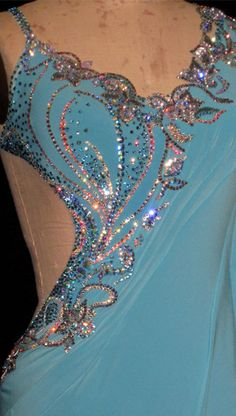 Possible placement of appliqué on asymmetrical bodice