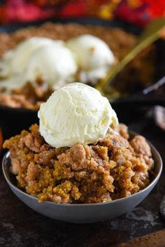 This easy Pumpkin Pie Crisp is made with a creamy pumpkin pie filling and a crunchy golden cinnamon streusel topping! Serve it warm with ice cream! #PumpkinPieCrisp #PumpkinCrisp #Pumpkin #PumpkinRecipes #PumpkinCobbler #PumpkinDesserts #FallRecipes #FallDesserts #Cobbler Pumpkin Crisp, Easy Pumpkin Pie, Pumpkin Spice Latte, Pumpkin Pie Crisp Recipe, Easy Pumpkin Recipes, Pumpkin Pumpkin, Pumpkin Pie Fillings, Recipes With Canned Pumpkin, Pumpkin Pecan Cobbler