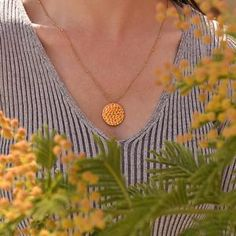 The coin pendant has a textured front. It sits perfectly flat & hangs from a delicate bobble chain. Fashion Necklace, Fashion Jewelry, Gold Coin Necklace, Trendy Necklaces, Coin Pendant, Short Necklace, Gold Coins, Jewelry Stores, Wedding Jewelry