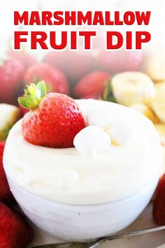Marshmallow Fruit Dip with cream cheese is perfect for parties! Creamy, light and fluffy, consisting of only 3 ingredients and takes only 3 minutes to make! #fruitdip #fruittray #marshmallowfluff #sweetdiprecipe #dips #appetizer #fruit #marshmallowfruitdip #creamcheese