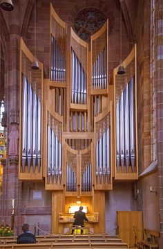 https://flic.kr/p/f76jwS | Frauenkirche in Nuremberg | The Klais pipe organ in the Church of Our Lady in Germany.