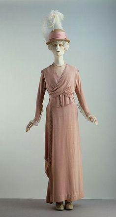 redfern 1912 | 1912 / 1912 Vintage textile / 1913 promenade suit