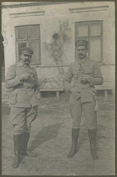 Piłsudski i ppłk Kazimierz Sosnkowski w Grudzynach podczas walk nad Nidą, kwiecień 1915 r., fot. T. Langier