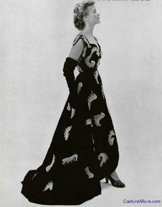 Balenciaga embroidered velvet evening gown, 1950.
