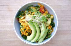 Zen Scramble Quinoa Bowl (gluten free & can be made vegan!)