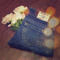 NWT True Religion Jeans Medium wash jeans. Some wear around bottom of hems. Waist laying flat is 14 1/2 inches. Inseam is 30 inches. Same day or next day shipping. No trades and no holds. 20% off of bundles. True Religion Jeans Straight Leg